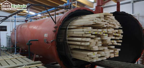 c320975f8461 O εμποτισμός υπό πίεση γίνεται σε βάθος και προστατεύει τα ξύλινα στοιχεία